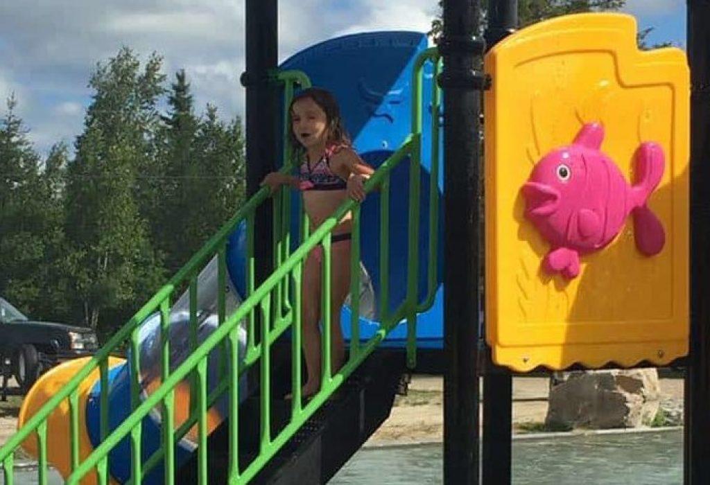 Nouvelle structure de jeux d'eau pour les enfants.